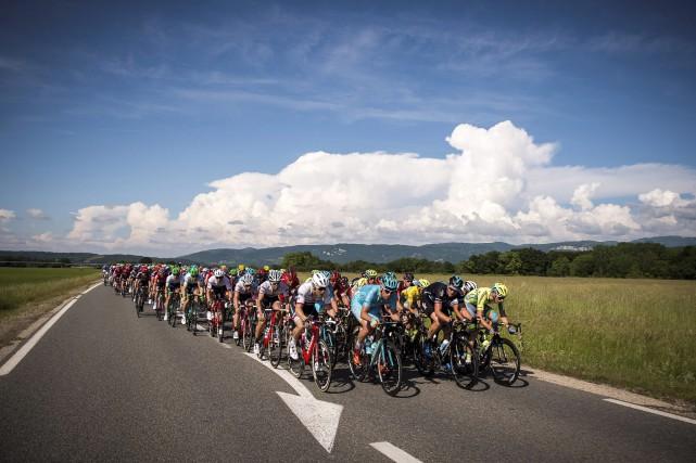 La deuxième étape du Critérium du Dauphiné était... (Photo AFP, Lionel Bonaventure)