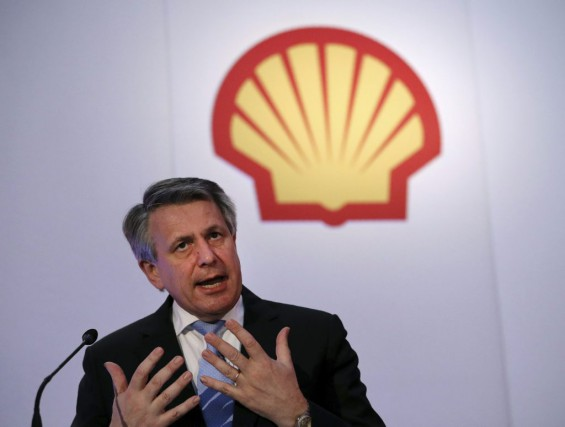 Le PDG de Shell,Ben van Beurden.... (PHOTO ADRIAN DENNIS, AFP)