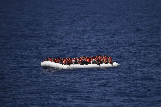 Cinq migrants sont morts en Méditerranée dimanche au large de la Libye, ont... (Agence France-Presse, Gabriel Bouys)