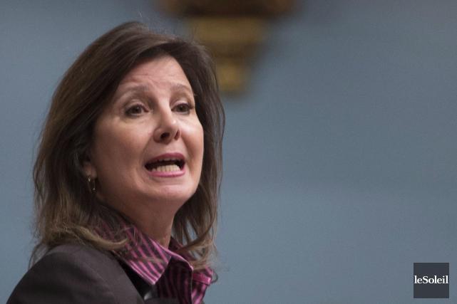 La députée Diane Lamarre joint le camp de... (Photothèque Le Soleil, PC, Jacques Boissinot)