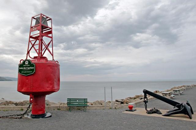 Sur la plage de Saint-Irénée, non loin de... (PhotoPascal Ratthé, collaboration spéciale)