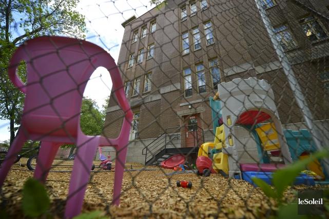 L'École de l'Excellence de Québec, dans le quartier... (Le Soleil, Yan Doublet)