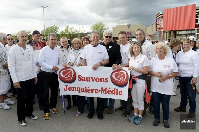 Plusieurs élus se sont mobilisés pour Jonquière-Médic.... (Photo Le Quotidien, Jeannot Lévesque)