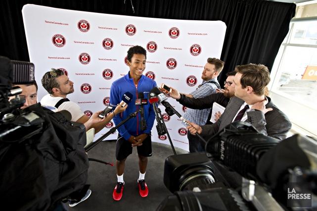 Tout sourire, le jeune joueur de tennis Félix... (La Presse, Patrick Sanfaçon)