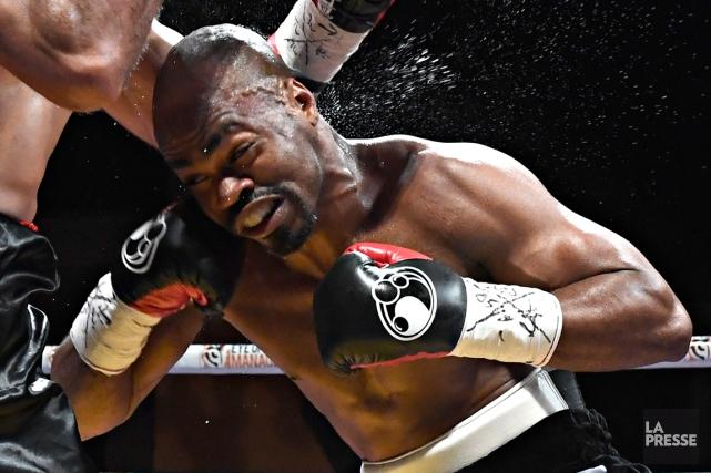 Le boxeur québécoisSchiller Hyppolite... (Photo Bernard Brault, La Presse)