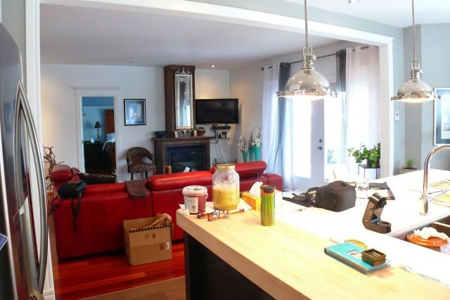 Cuisine et salon, avant les travaux.... (Photo fournie par Marie-Josée Leblanc)