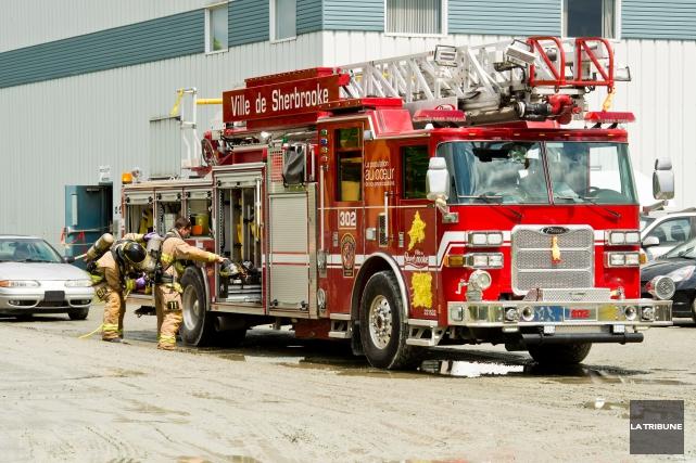 La double évacuation survenue mardi au Centre de tri de Sherbrooke aurait-elle... (Archives La Tribune, Jessica Garneau)