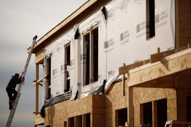 La cadence des mises en chantier a diminué le mois dernier, par rapport à celle... (PHOTO ARCHIVES BLOOMBERG)
