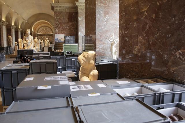 Au Louvre, 35000oeuvres avaient été déplacées des sous-sols... (AP, Markus Schreiber)