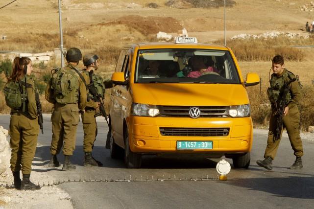Dans la matinée de jeudi, Israël a annoncé... (PHOTO HAZEM BADER, AFP)