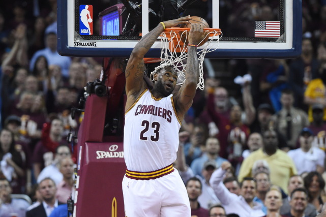 LeBron James a inscrit 32 points dans la... (PHOTO ARCHIVES USA TODAY)
