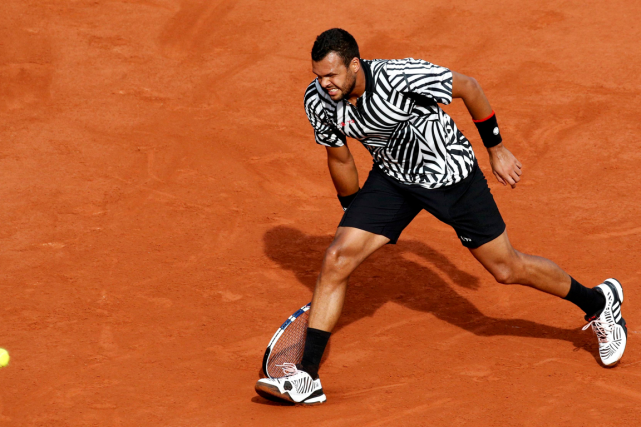 Jo-Wilfried Tsonga... (Photo Jacky Naegelen, Reuters)
