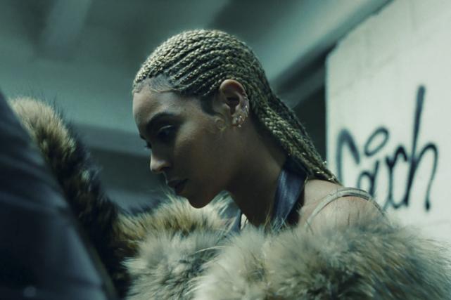Beyoncé dans l'«album visuel»Lemonade.... (Tirée de la vidéoLemonade)