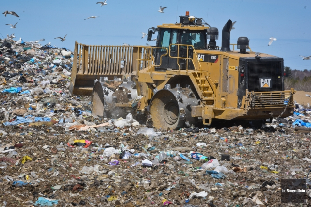 Cette «crise des déchets» comme une incitation à... (François Gervais, Le Nouvelliste)