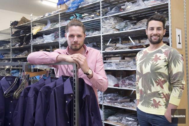Les deux partenaires d'affaires derrière l'entreprise WayOutfitters, Janel... (Sylvain Mayer, Le Nouvelliste)