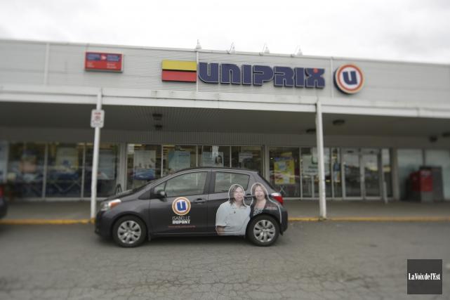 Deux pharmacies Uniprix de Granby (celle de la... (Catherine Trudeau, La Voix de l'Est)