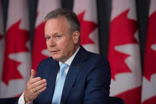 En présentant la Revue devant la presse, le... (PhotoAdrian Wyld, archives La Presse Canadienne)