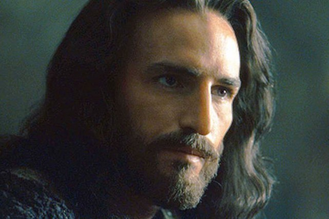 James Caviezel dans La passion du Christ.... (PHOTO ARCHIVES AFP/ICON PRODUCTIONS)