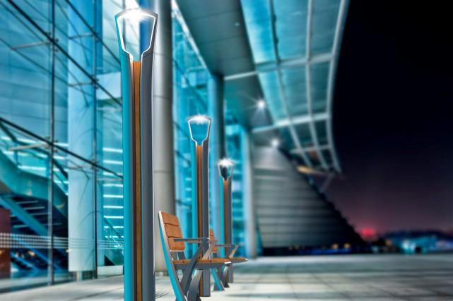 Bancs et colonnes lumineuses de la collection Tango... (Fournie par Morelli Designers)