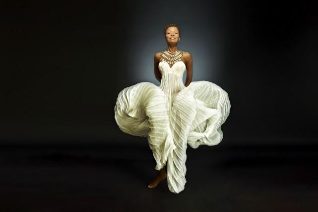 Lisa Simone ne fait pas que chanter son monde, elle le vit, voix et coeur... (Courtoisie)