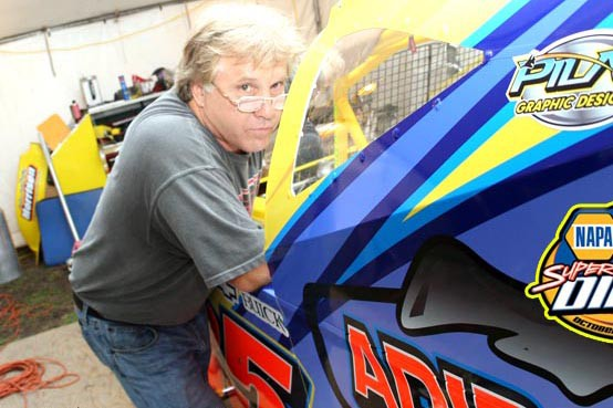 Mike Perrotte, directeur de DIRTcar pour le territoire... (dirttrackdigest.com)
