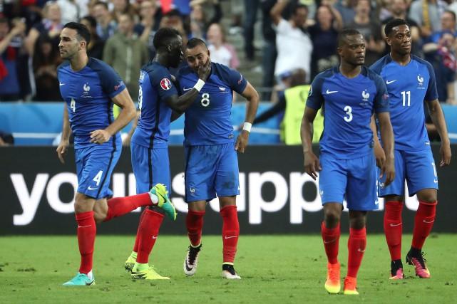 Dimitri Payet (8) a marqué un but et... (AFP, KENZO TRIBOUILLARD)