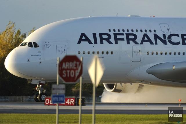 Environ le quart des pilotes d'Air France était en grève, samedi, pour obtenir... (Photo Bernard Brault, archives La Presse)