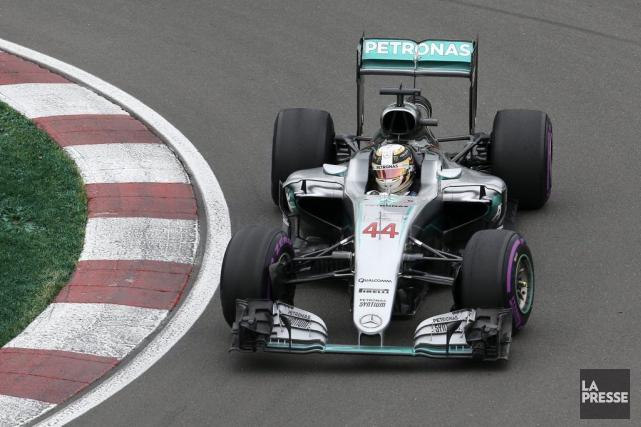 Lewis Hamilton (Mercedes) a avoir réalisé le meilleur... (La Presse, Robert Skinner)