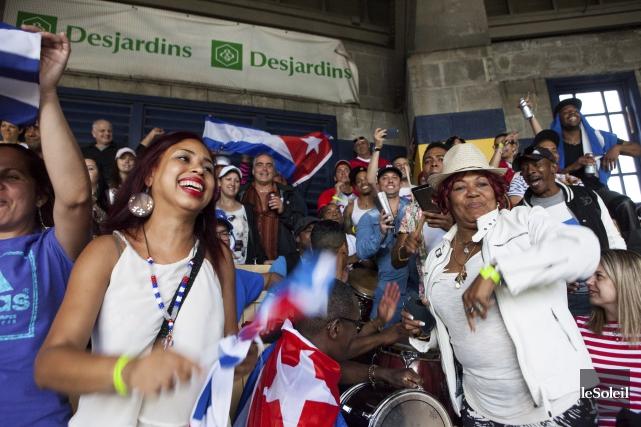 Pendant que l'équipe nationale cubaine s'amusait sur le... (Le Soleil, Caroline Grégoire)