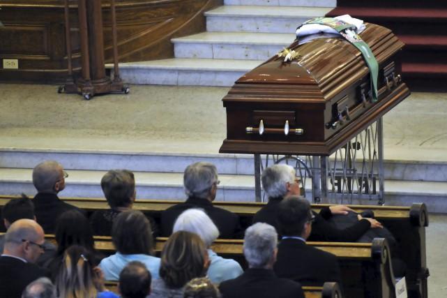 Les funérailles de l'abbé Gérald Linteau ont été... (Photo Le Progrès-dimanche, Rocket Lavoie)