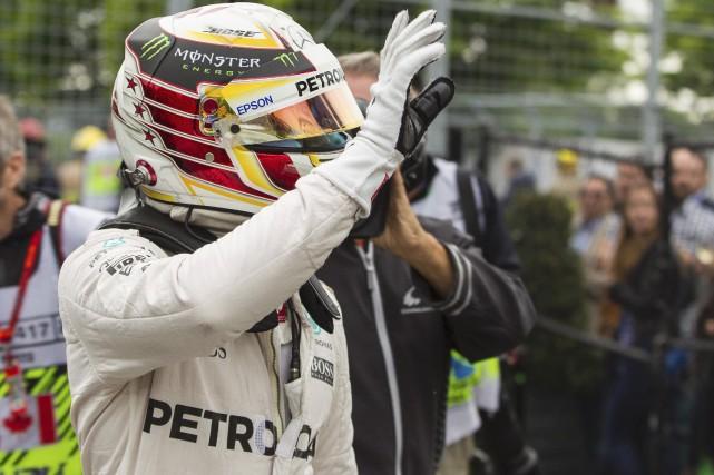 Le pilote de l'écurie Mercedes adore le circuit... (AFP, Geoff Robins)