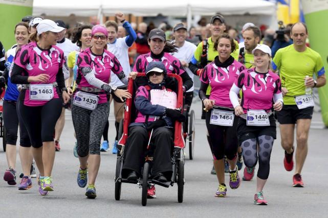 Cinq équipes ont permis à des personnes handicapées... (Andréanne Lemire)