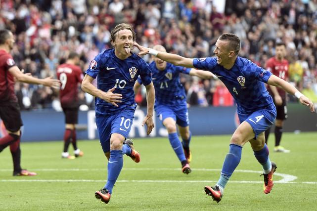 Luka Modric a permis la victoire aux Croates... (Agence France-Presse)