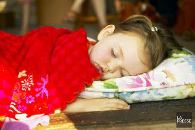 Les enfants ont besoin de huit à seize heures de sommeil par jour, précisent de... (PHOTOTHÈQUE LA PRESSE)