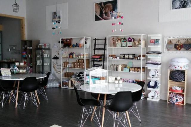 La nouvelle boutique Tralalèreuh, à Blainville, propose une... (PHOTO DOMINIQUE COUSINEAU, FOURNIE PAR TRALALÈREUH)
