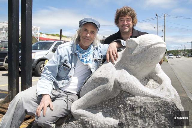 L'artiste sculpteur de Charette, Claude Desrosiers, a mis... (Sylvain Mayer, Le Nouvelliste)