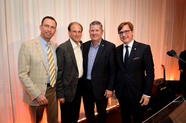 Bruce Kent, Gary Wechsler, Martin Thibodeau et Tony...