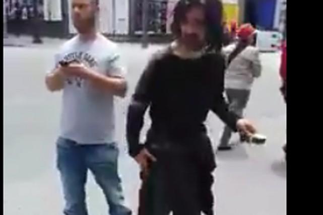 L'affaire est survenue à l'angle du boulevard Saint-Laurent... (Capture d'écran)