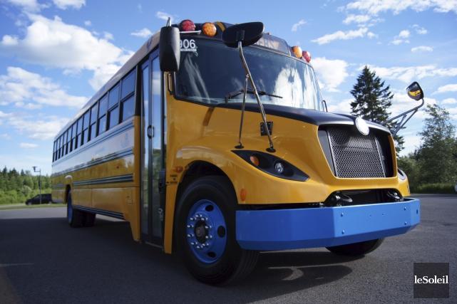 Autobus Lion, de Saint-Jérôme, construit un véhicule pouvant... (Photothèque Le Soleil)