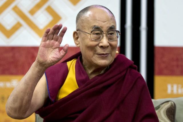 Le dalaï lamajouit d'une réelle popularité des deux... (PHOTO AP)
