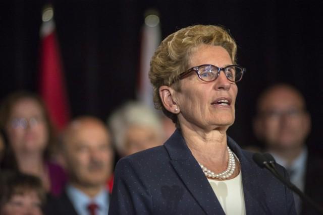 La première ministre de l'Ontario, Kathleen Wynne... (Archives, La Presse Canadienne)