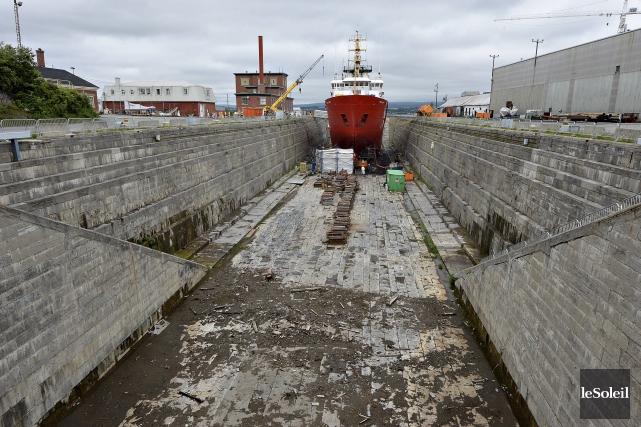 Le chantier maritime de Lévis doit construire deux... (Photothèque Le Soleil, Patrice Laroche)