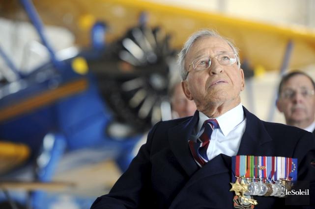 L'ancien maire de Québec, l'Honorable Gilles Lamontagne est... (Photothèque Le Soleil, Erick Labbé)