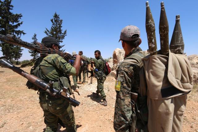 Au moins 70 combattants ont été tués en... (PHOTO REUTERS)