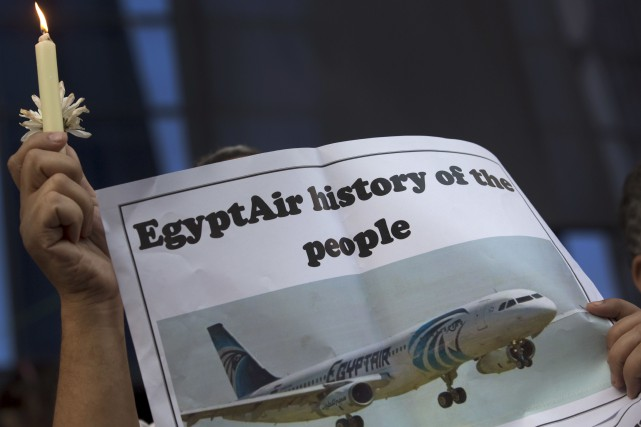 L'Airbus A320 d'EgyptAirs'est abîmé en Méditerranée le 19... (AP, Amr Nabil)