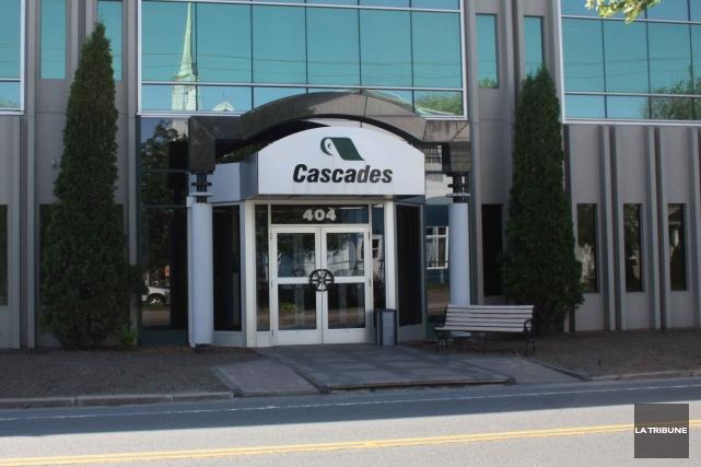 Cascades a annoncé jeudi la construction d'une nouvelle usine de conversion de... (Archives La Tribune)
