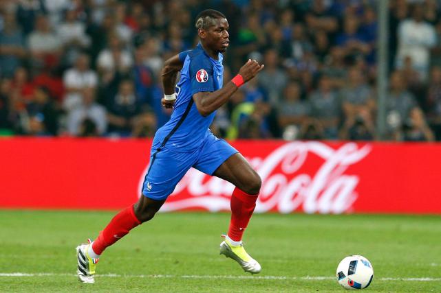 Le milieur de terrain de l'équipe de France,... (Photo Thibault Camus, AP)