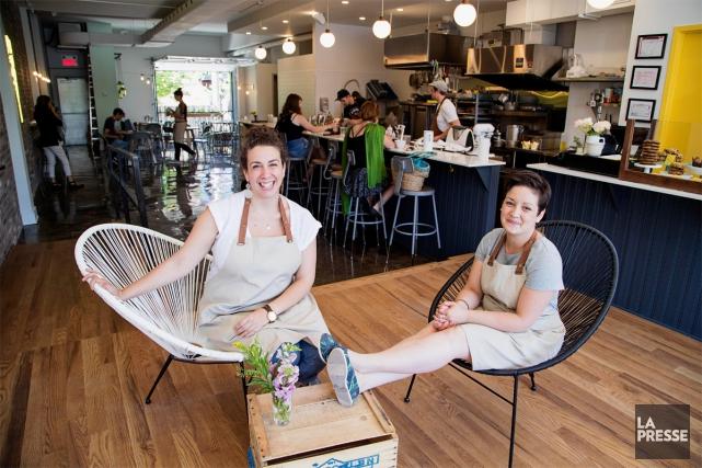 Nadine Boudreau et Julie Romano, les deux propriétaires... (PHOTO ALAIN ROBERGE, LA PRESSE)