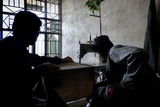 Cet ex-policier afghan a survécu à une attaque... (AFP, Rateb Noori)