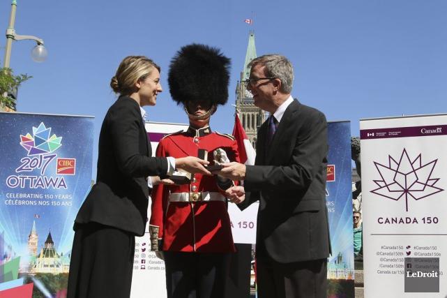 La ministre du Patrimoine canadien, Mélanie Joly, a... (Patrick Woodbury, LeDroit)